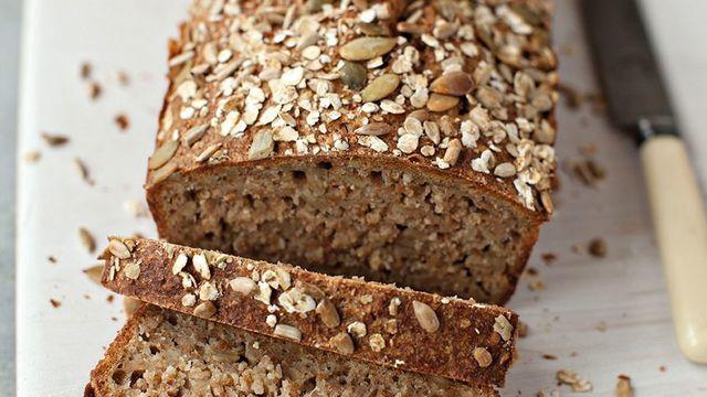 Pâine de casă dietetică, fără făină – Gustoasă, pufoasă și sănătoasă